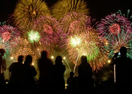 fourth-of-july-fireworks--660x330