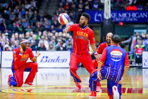 730343-harlem-globetrotters-2017-would-tour-d42f8