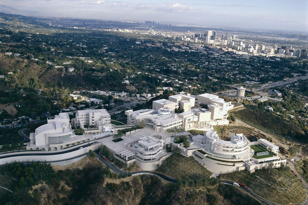 Getty-Center-Aerial-view_54_990x660