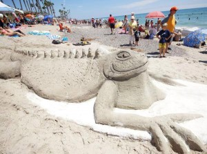 A team from Arizona created one of the most popular sand critters at Sunday's San Clemente Ocean Festival.  ///ADDITIONAL INFORMATION: oceanfest.0725 - 7/20/2014 - FRED SWEGLES, ORANGE COUNTY REGISTER -   San Clemente's 38th annual Ocean Festival is July 19-20 at the pier.